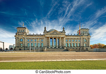 bundestag, berlin - panoramic view of the german government...