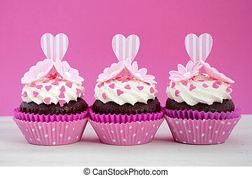 Happy Mothers Day pink and white cupcakes. - Happy Mothers...