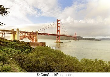 Golden Gate Bridge, San Francisco, California - The famous...