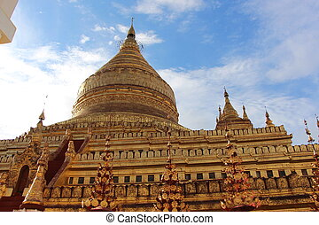 Shwezigon Pagoda - Scholars opine that the name Shwezigon is...