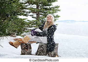 x-mas vacation - Portrait of young beautiful woman on winter...