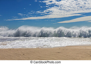 Ocean wave - Powerful oceanic wave