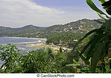 Picturesque beach on the Mexican Pacific Ocean - Picturesque...