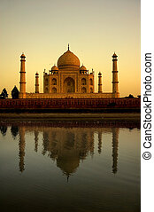 taj mahal during sunset