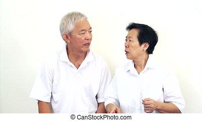Asian senior do not like a deal - Asian senior couple do not...