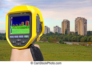 Recording Buildings With Thermal Camera - Recording Heat...
