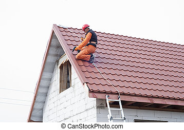 installation of a roof - builder performs installation gable...