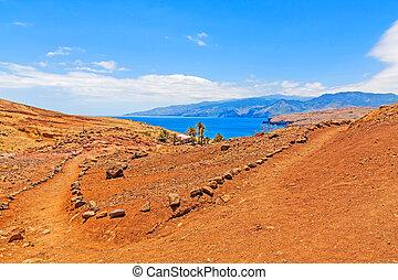 Madeira hiking - Ponta de Sao Lourenco - Cais di Sardinha,...