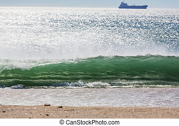 Ocean wave - Powerful oceanic wave