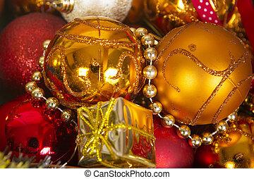 boże narodzenie, tło, Z, złoty, i, czerwony, balls.,