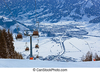 Mountains ski resort Zell-am-See Austria - Mountains ski...