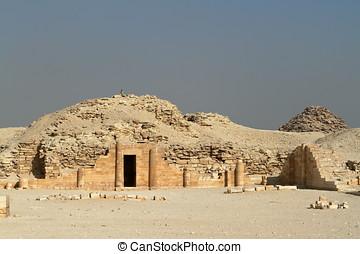 den, tempel, och, Pyramider, av, Saqqara,