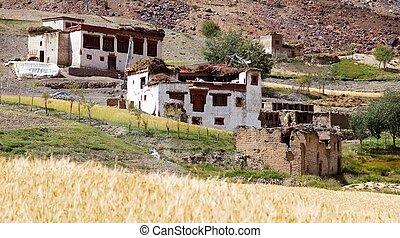 Lingshed (Lingshet, Lingshot) village - Zanskar valley