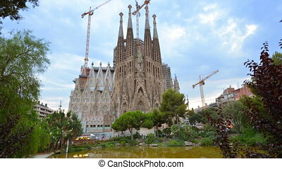 La Sagrada Familia - Time-lapse of Sagrada Familia,...