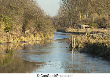 Frozen Kennet and Avon Canal, East Towney, Ufton, Near...