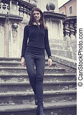Fasion girl - yuong fashion girl in the park