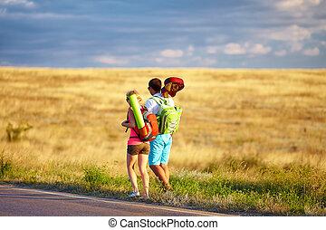 verão, pessoas, jovem,  Hitchhiking, campo, viajando