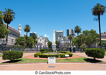 Plaza de Mayo, Buenos Aires Argentinien - Monument to the...