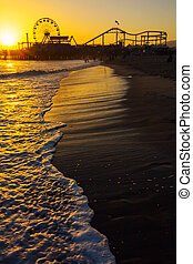 Sunset over Santa Monica Pier - Santa Monica Pier sunset...