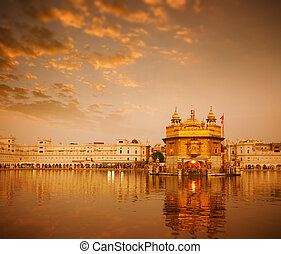 Golden Temple in Amritsar - Sunrise at Golden Temple in...