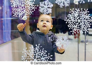 商店, 男孩, 很少, 雪花, 城市, 窗口, 看, 購物中心, 嬰孩, 好奇