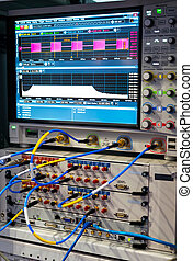Signal analyser with real-time - modern analyzer of a signal...