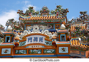 Vietnam temple - Colourful decorated temple in Vietnam
