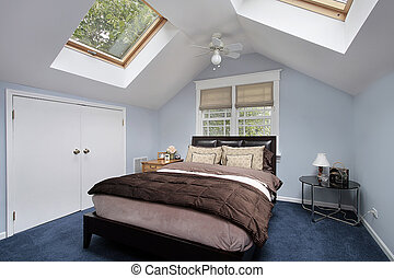 Master bedroom with skylights - Master bedroom in suburban...