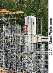 Construction of the bridge and scaffolding