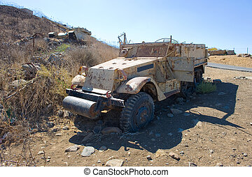 Army truck of yom kippur war - Army truck left of the yom...