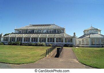 Greenhouse, Kew Gardens, London, UK - The Royal Botanic...
