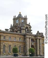 Blenheim Palace entrance, England - Blenheim Palace in...