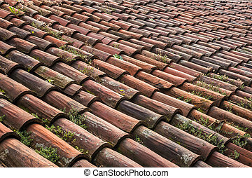 Roof to be renovated - A roof made up of tiles old and worn,...