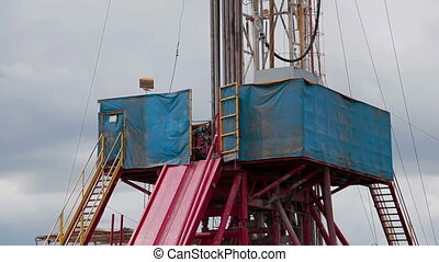 Oil Drilling rig A vertical pan - Oil Drilling rig vertical...