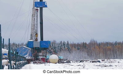 Drilling rig Winter