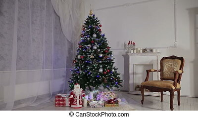 Christmas living room - Decorated Christmas tree and gift...