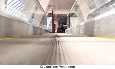 Motion travelator