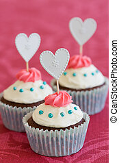 Valentine cupcakes - Cupcakes decorated with a Valentines...