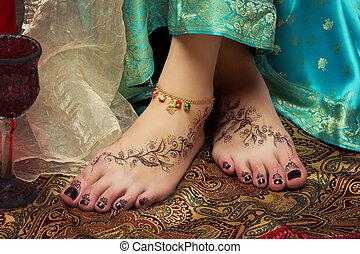 Closeup of woman feet - Beautiful oriental girl feet with...
