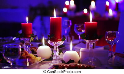 Christmas decoration table - Festively decorated table posh...
