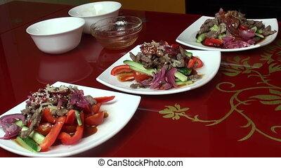 Thai salad three servings