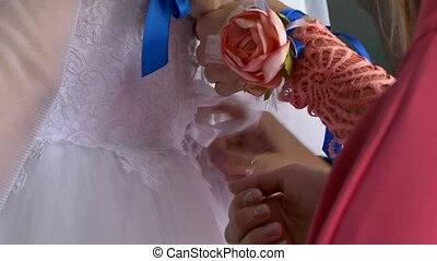the bride wears a dress tighten ties - the bride wears a...