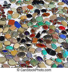 Gemstones - Semi Precious Gemstones and Pendants Jewelry