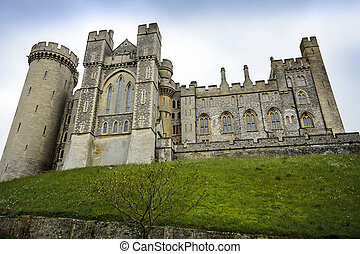 English castle - The epic Arundel castle in Sussex in...