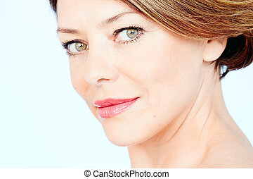 Mature woman portrait - Close up portrait of beautiful...