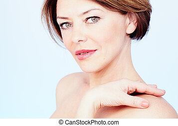 Mature woman portrait - Close up portrait of beautiful...