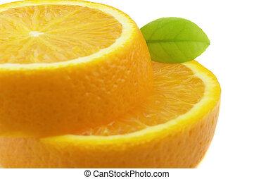 Juicy orange with leaf