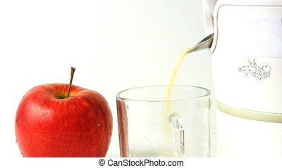preparation of apple juice