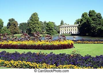 Kew Gardens, London, England - Royal Botanic Gardens, Kew,...