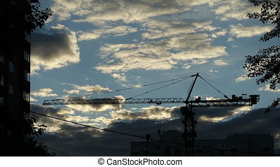 Time Lapse: Tower Crane and Clouds - This time lapse with...